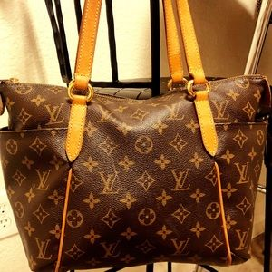Louis Vuitton Gently Used/Like New Monogram PM